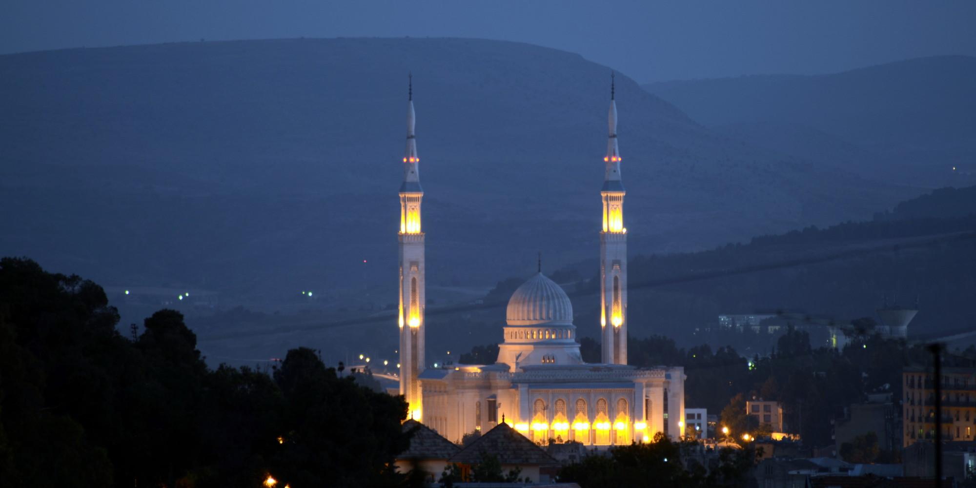 Constantine_grande_mosquee_emir_abdelkader-nuit-2